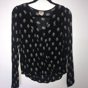 Mission black blouse